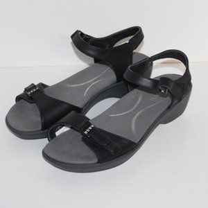NAOT Leather Sandals Women 38 US 7 Black